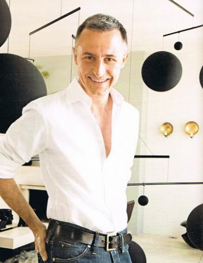 herv van der straeten fashion designer designers the fmd. Black Bedroom Furniture Sets. Home Design Ideas