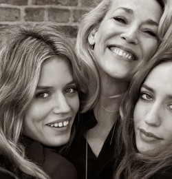 Jerry Hall, Lizzy e Georgia May Jagger