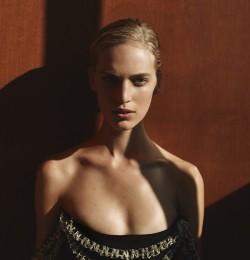 Fashion's New Feminine Mystique