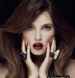 Instaglam: The VIP Beauty Club