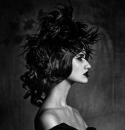 La Belle Dans le Noir