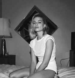 Mad About Margot Robbie