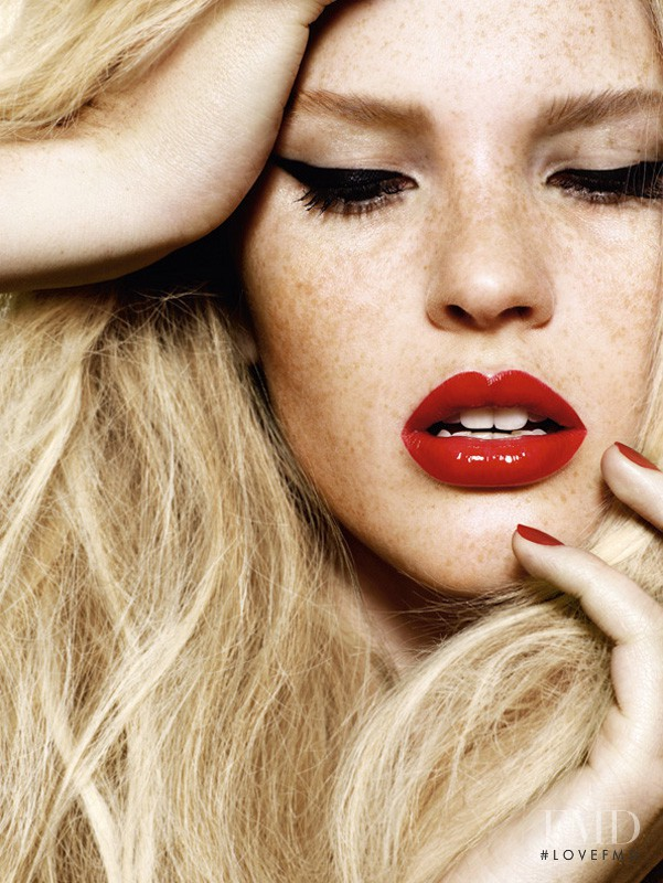 Anne Vyalitsyna featured in Glam Me Up!, December 2009