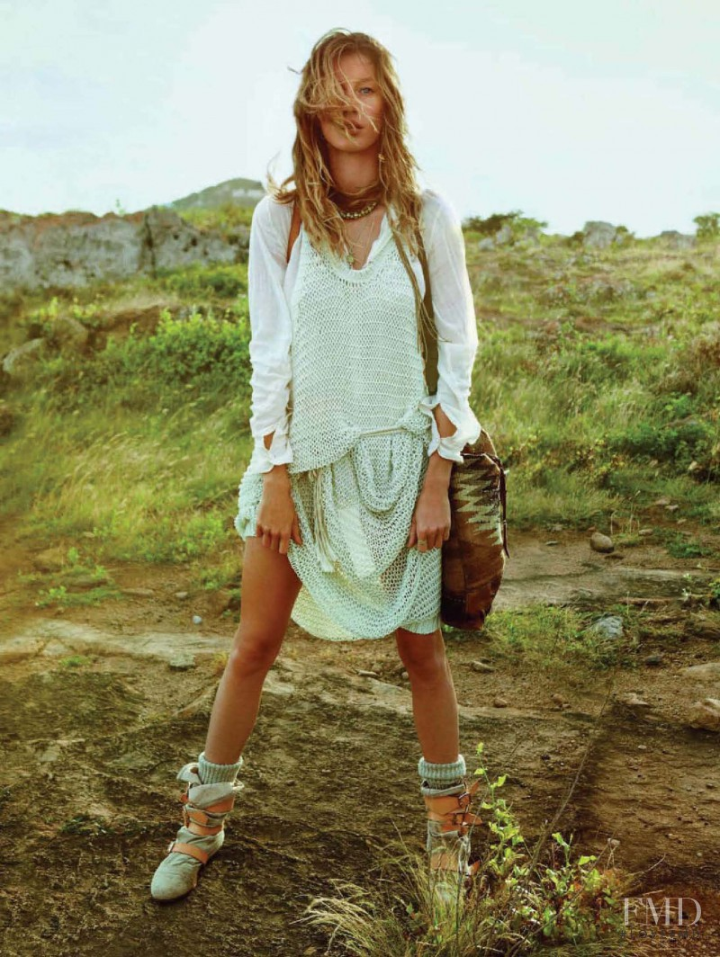 Gisele Bundchen featured in Eco Style Et Plein Air De Vacances, April 2011