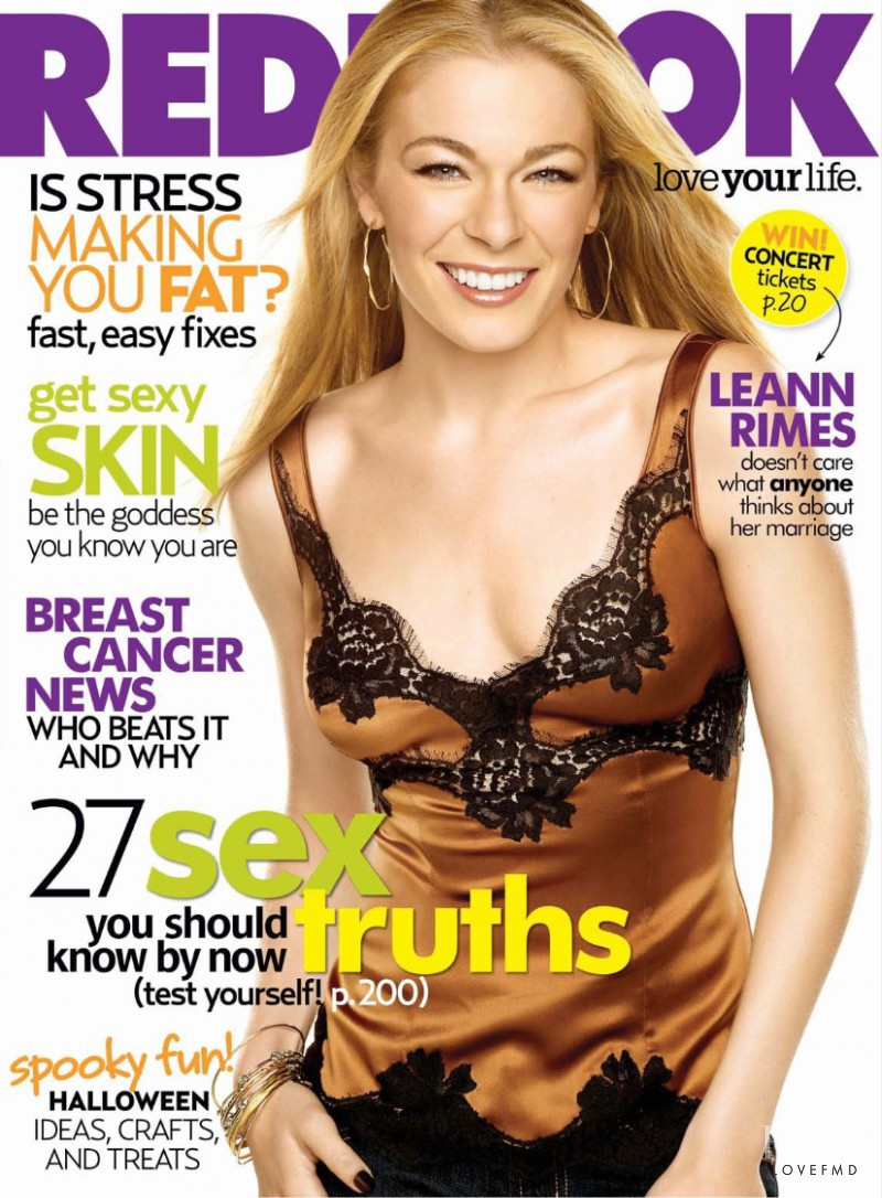 Leann Rimes featured on the Redbook cover from October 2007