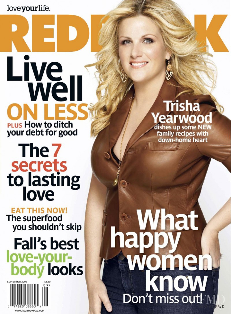 Trisha Yearwood featured on the Redbook cover from September 2008