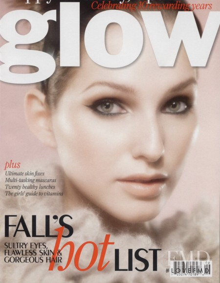 Kelsey van Mook featured on the Glow cover from September 2010