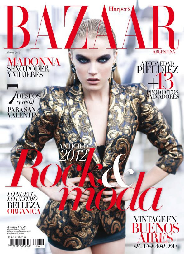 Cover of harper 39 s bazaar argentina with dana drori for Bazaar argentina