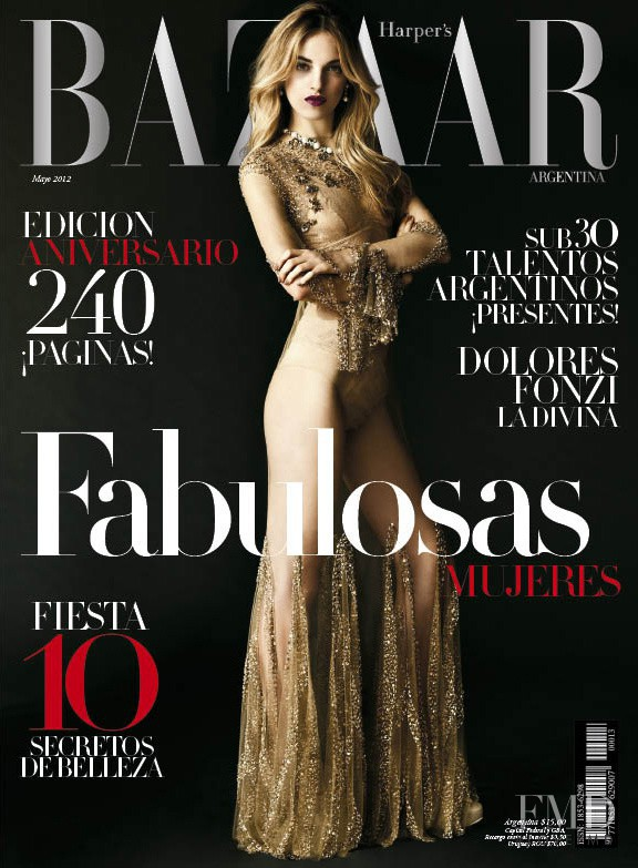 Cover of harper 39 s bazaar argentina with naomi preizler for Bazaar argentina