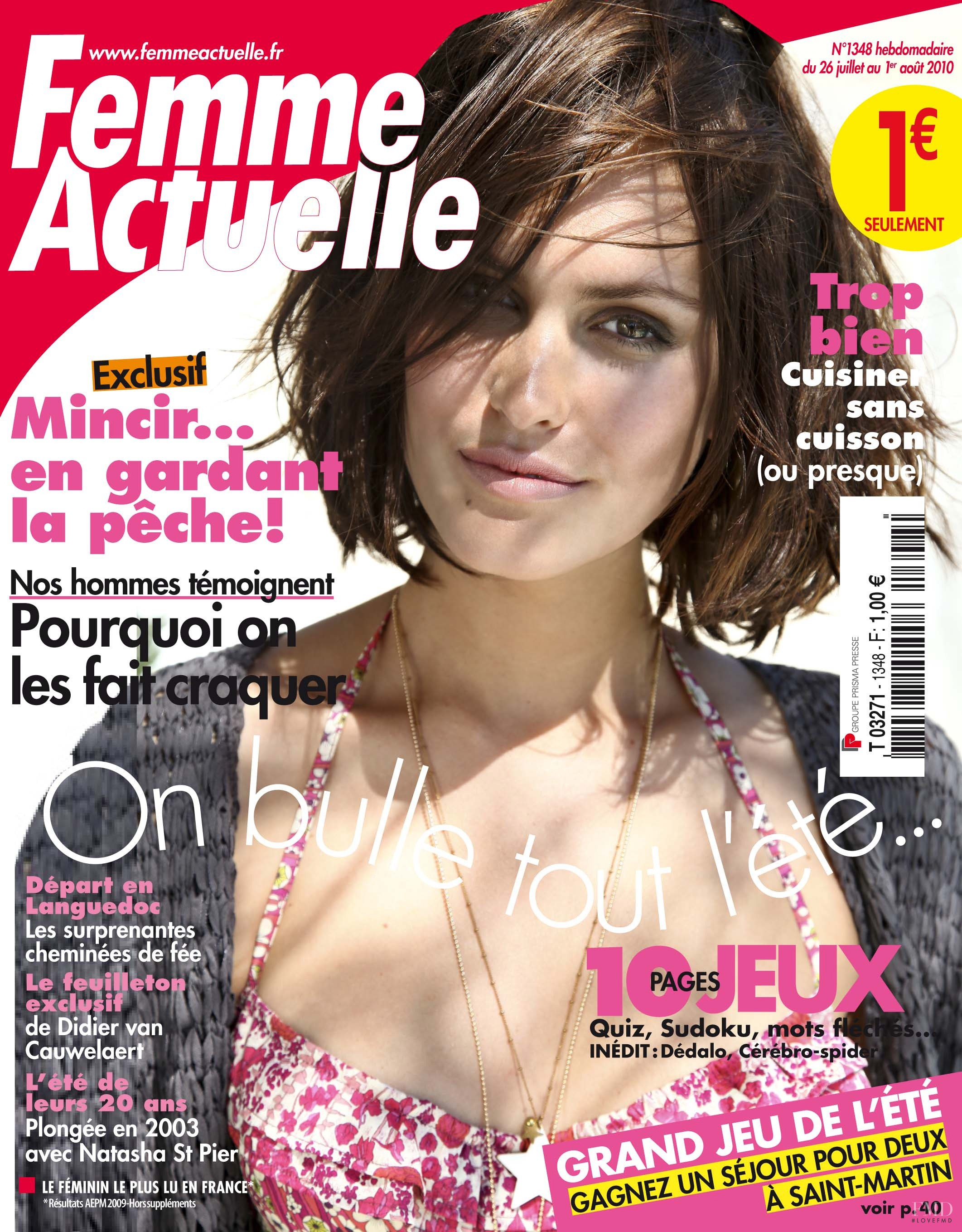 cover of femme actuelle with donnet dumas july 2010 id 23191 magazines the fmd. Black Bedroom Furniture Sets. Home Design Ideas