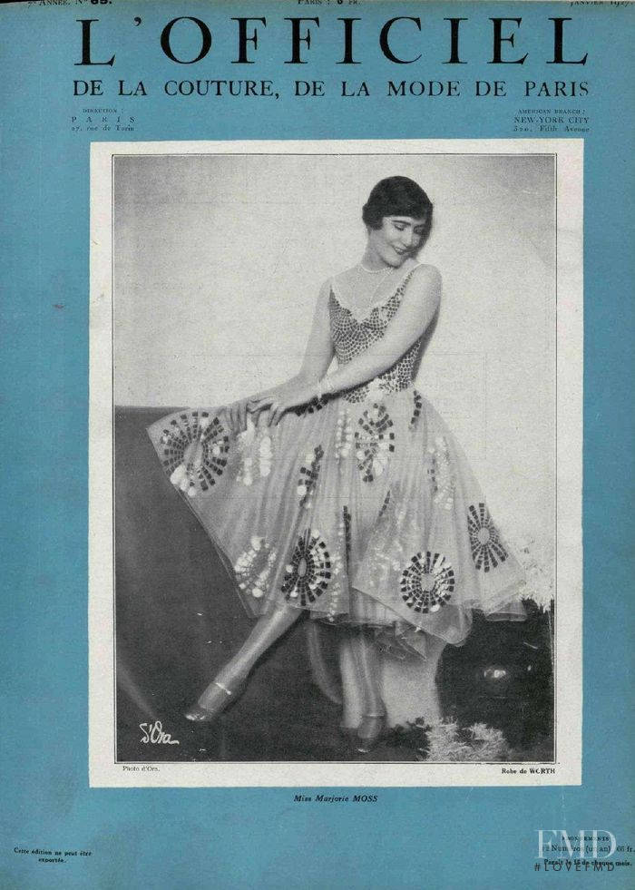 featured on the L\'Officiel France cover from January 1927