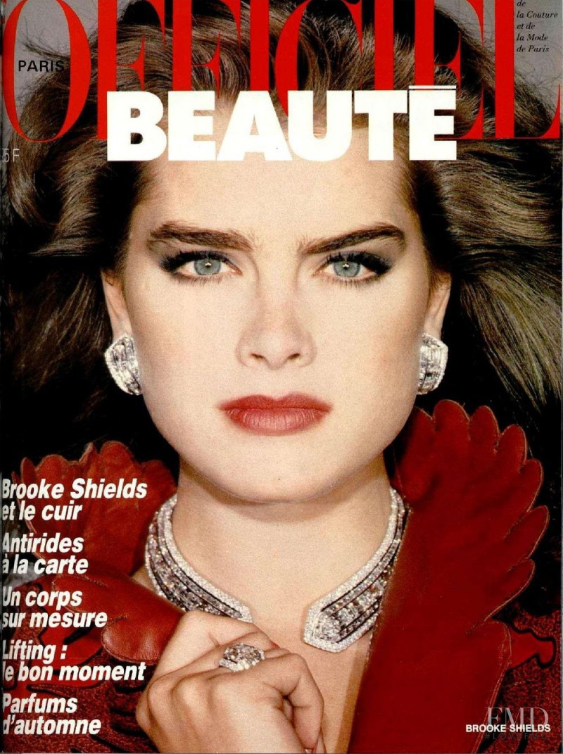 Brooke Shields featured on the L\'Officiel France cover from October 1985