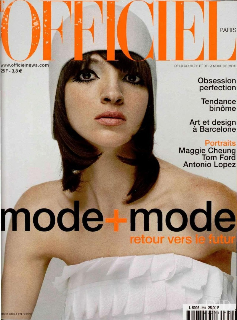Mariacarla Boscono featured on the L\'Officiel France cover from October 2001