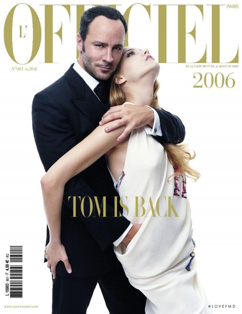 featured on the L\'Officiel France cover from December 2005