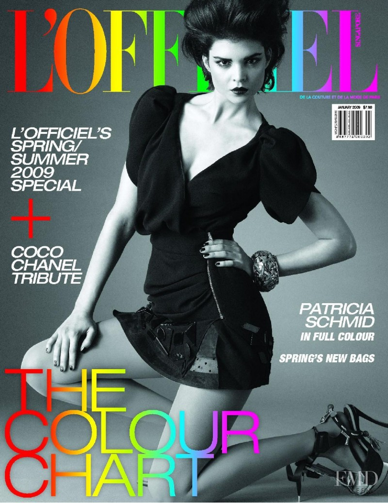 Patricia Schmid featured on the L\'Officiel Singapore cover from January 2009