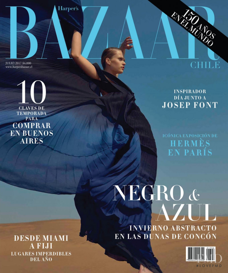 Hazel Graye featured on the Harper\'s Bazaar Chile cover from July 2017