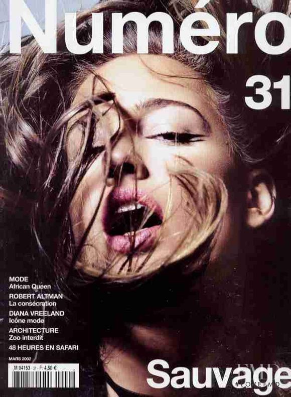 Natasa Vojnovic featured on the Numéro France cover from March 2002