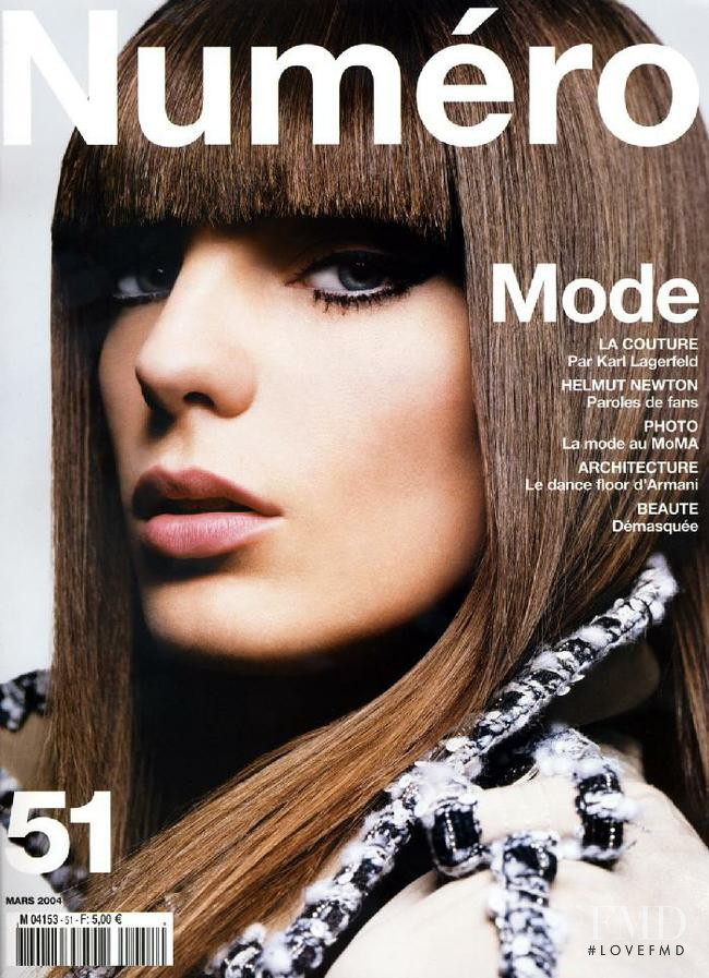 Daria Werbowy featured on the Numéro France cover from March 2004