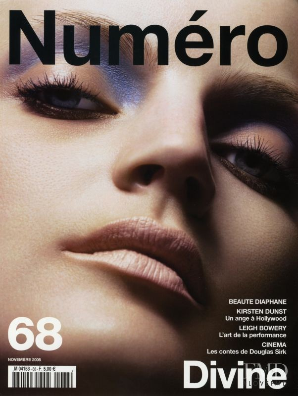 Guinevere van Seenus featured on the Numéro France cover from November 2005