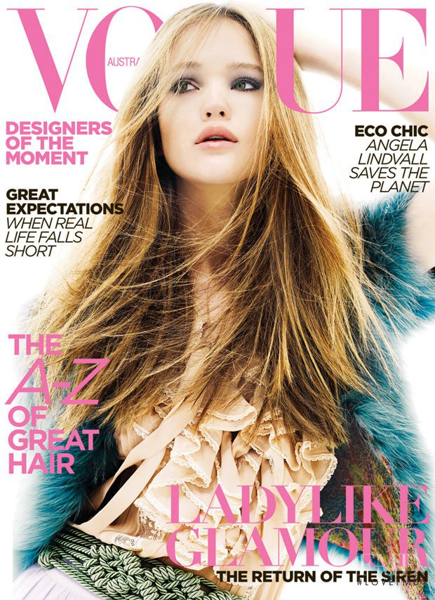 Rosie Tupper featured on the Vogue Australia cover from May 2009