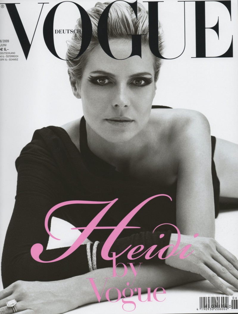 Heidi Klum featured on the Vogue Germany cover from June 2009
