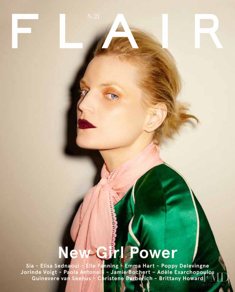Guinevere van Seenus featured on the flair Italy cover from February 2016