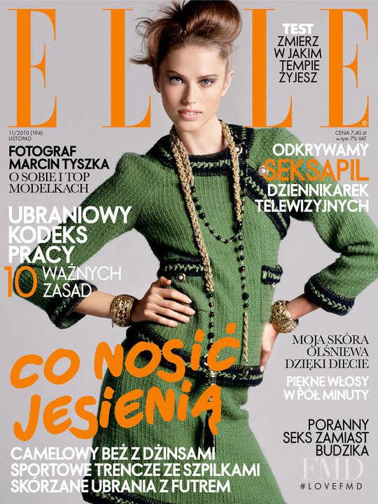 Taryn Davidson featured on the Elle Poland cover from November 2010