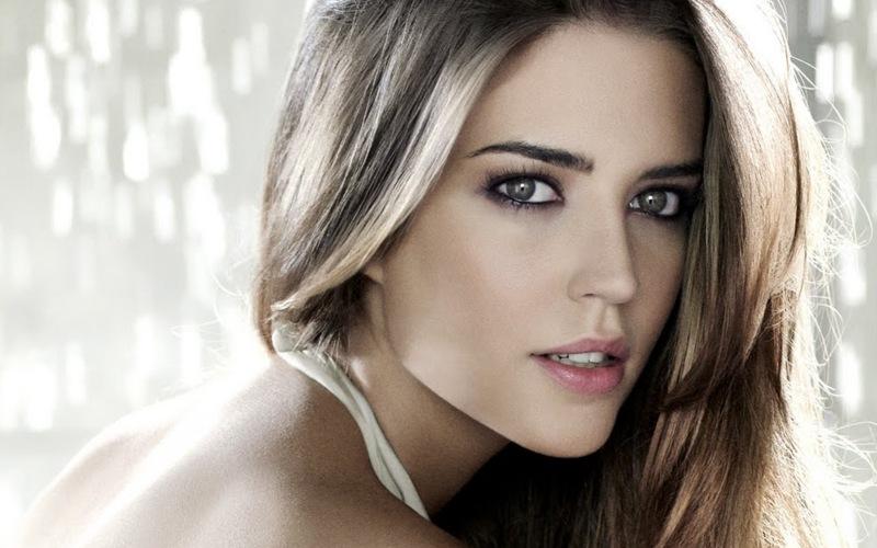 Clara Alonso - Fashion Model | - 103.1KB