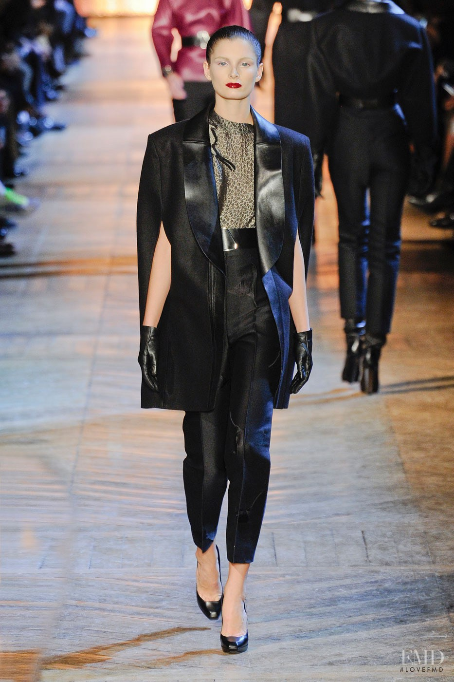 Saint Laurent Spring 2018 Ready-to-Wear Collection - Vogue