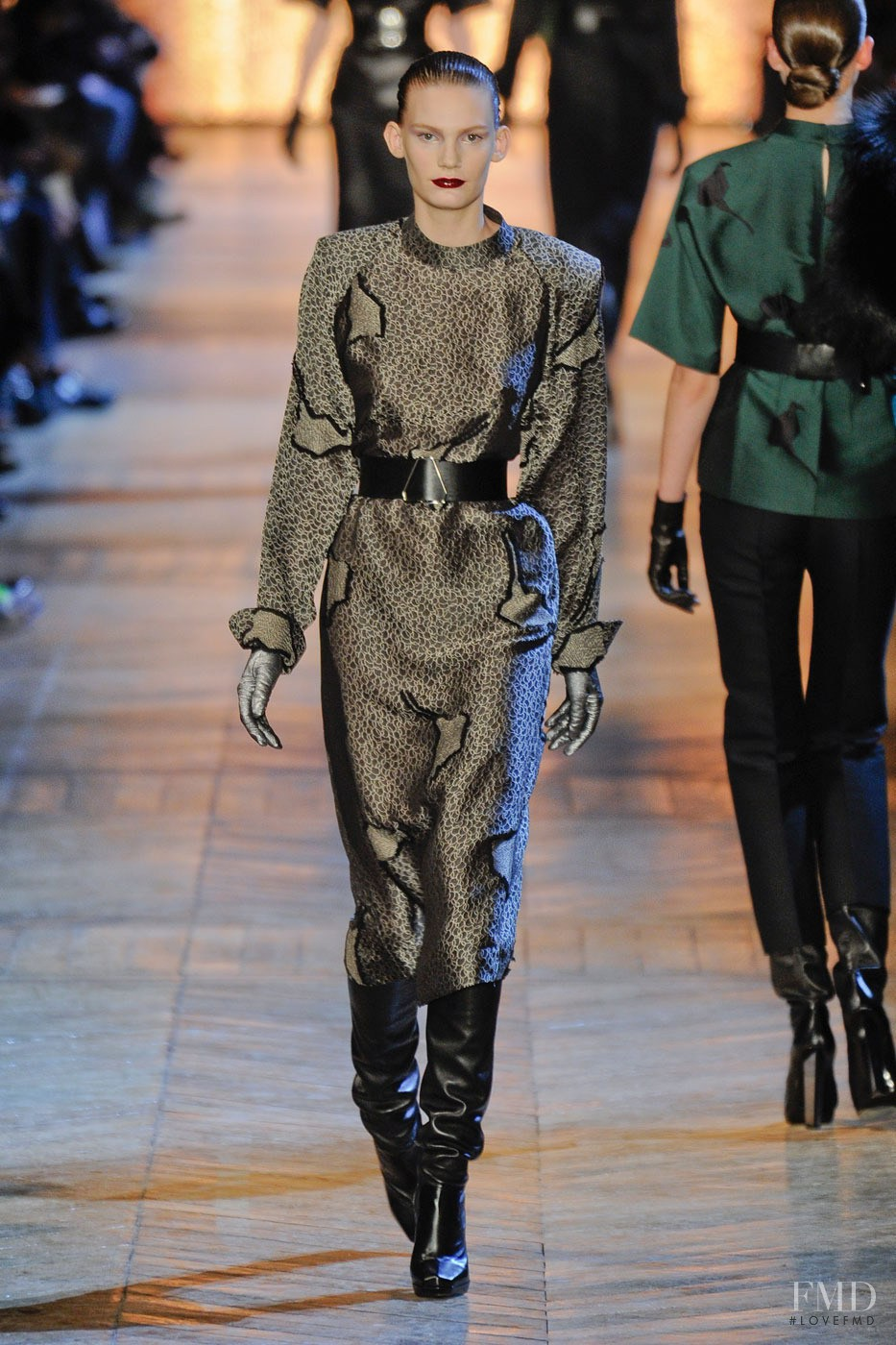 Saint Laurent Spring 2018 Ready-to-Wear Collection - Vogue 12