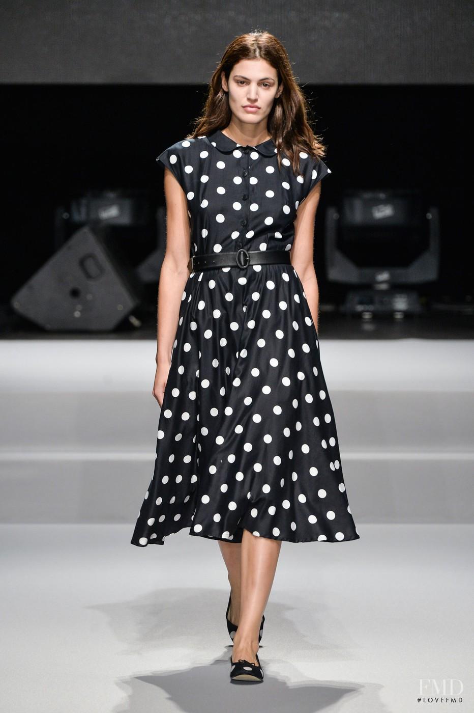 Agnes b fashion show 77
