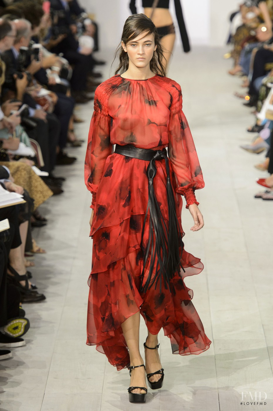 Spanish Fashion: Ladies Edition - Young Adventuress 44