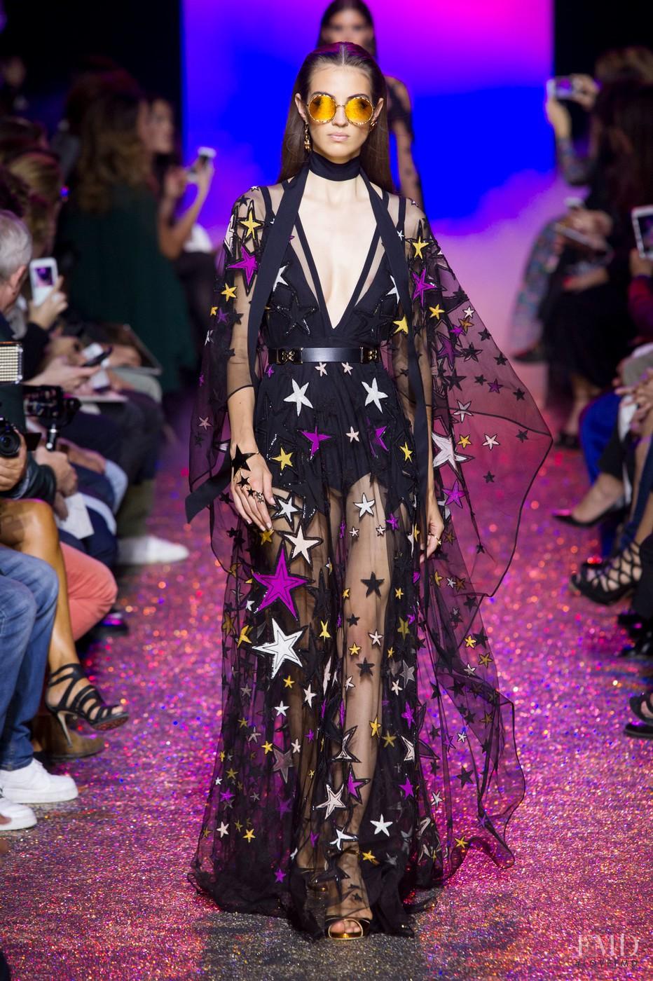 Vogue: Vogue Fashion Week Video Series m 39