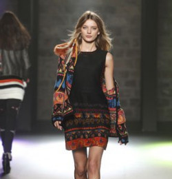Bregje Heinen - Gallery with 112 fashion shows