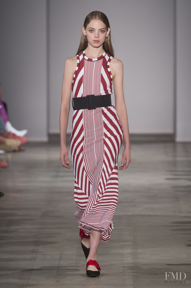 Mariana Zaragoza featured in  the Aquilano.Rimondi fashion show for Spring/Summer 2018