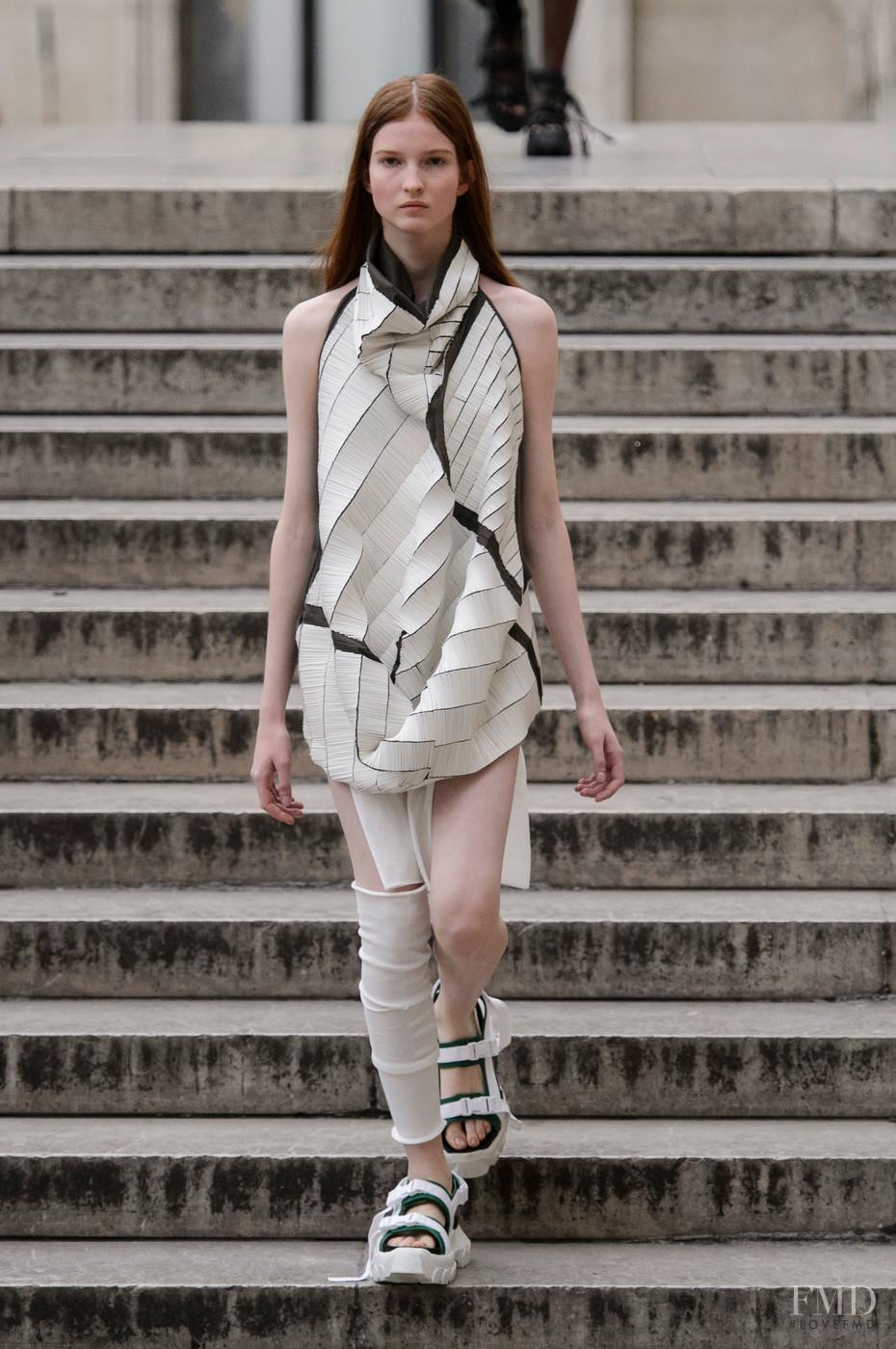 Rick owens fashion show 2018 30