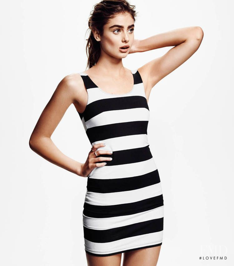 Taylor Hill featured in  the H&M Divided catalogue for Spring/Summer 2014