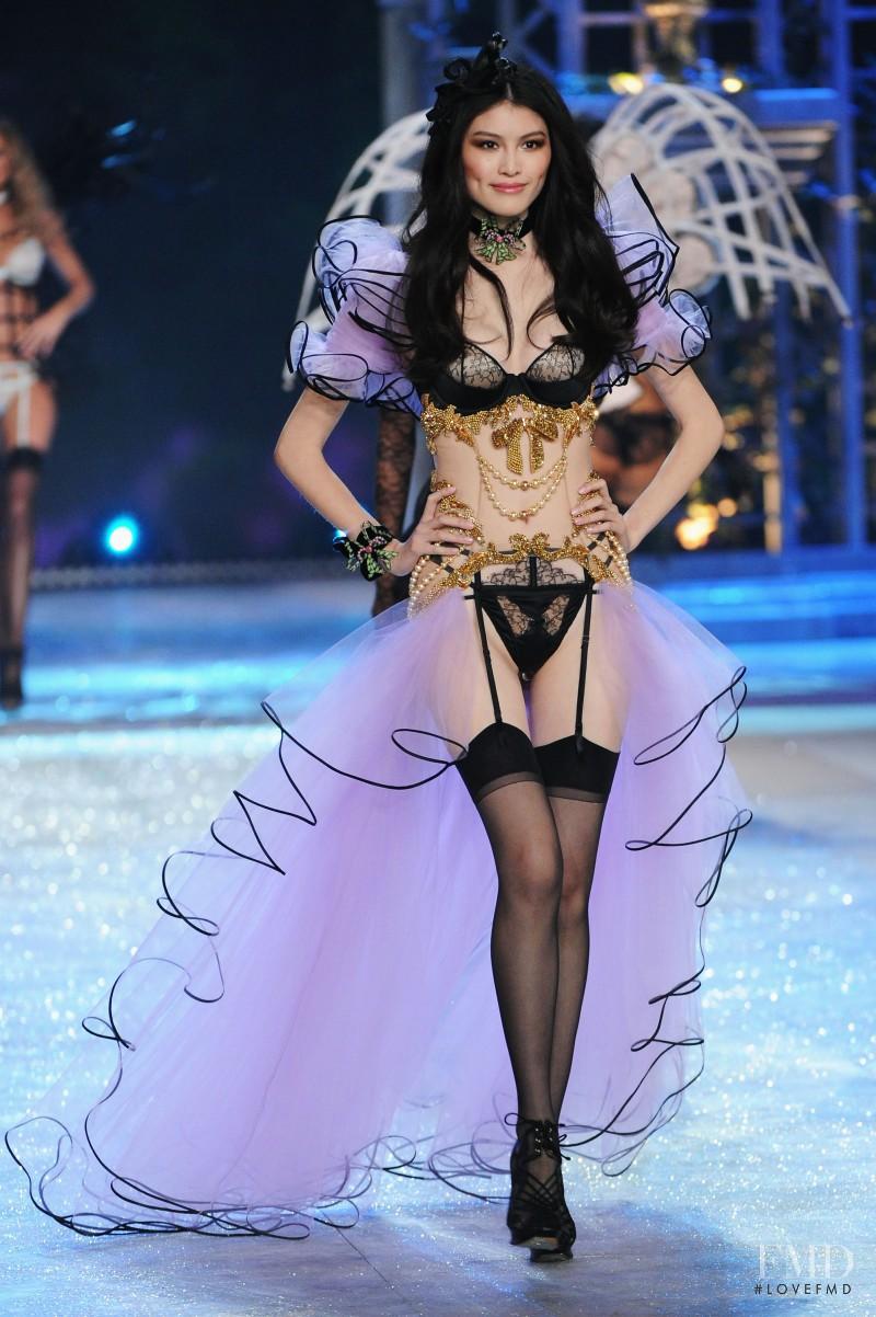 Pitoy moreno fashion show 3