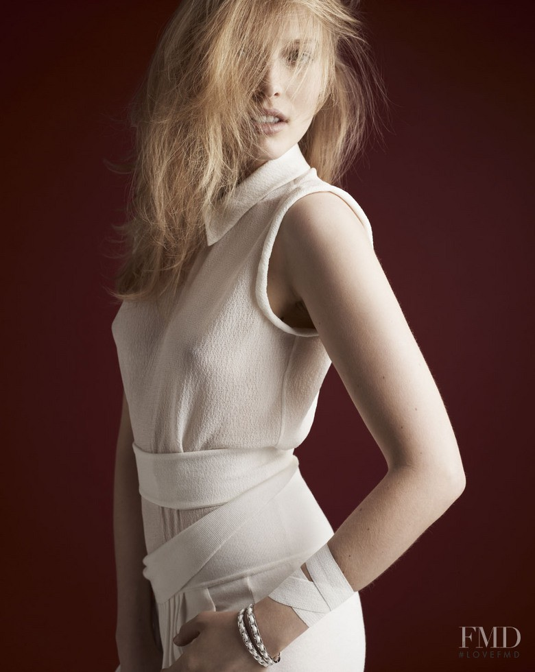 Polina Kouklina featured in Supplement Blanc, June 2011