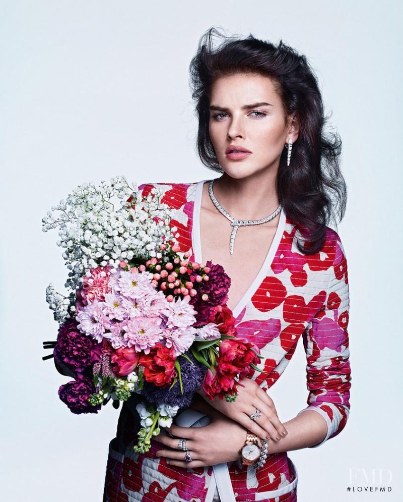 Dorota Kullova featured in Gemmes En Fleurs, June 2015