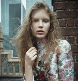 A Manhattan Girl