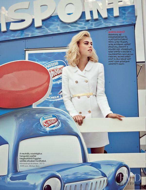 Julia Almendra featured in Glamur A Parton, July 2013