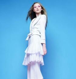 Elegancia A Branco