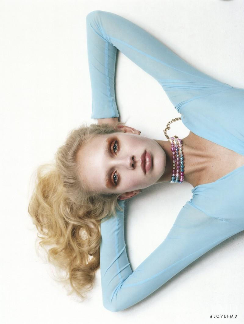 Jessie Bloemendaal featured in Milena Litvinovskaya, February 2017