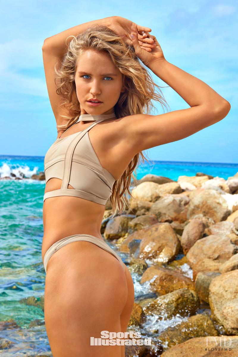Sailor Brinkley Cook Bikini Nude Photos 80