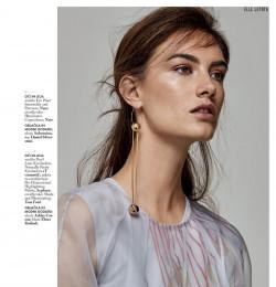 Elle Slovenia Beauty (Ronja Furrer)