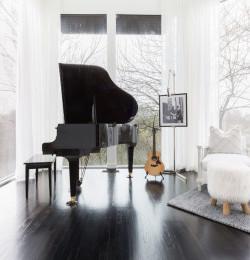Inside Josephine Skriver and Alex DeLeon\'s Modern Nashville Home