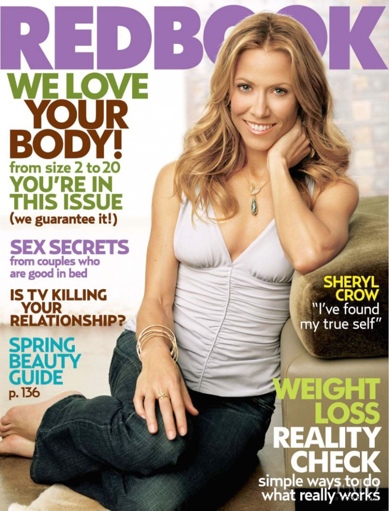 Sheryl Crow featured on the Redbook cover from March 2006