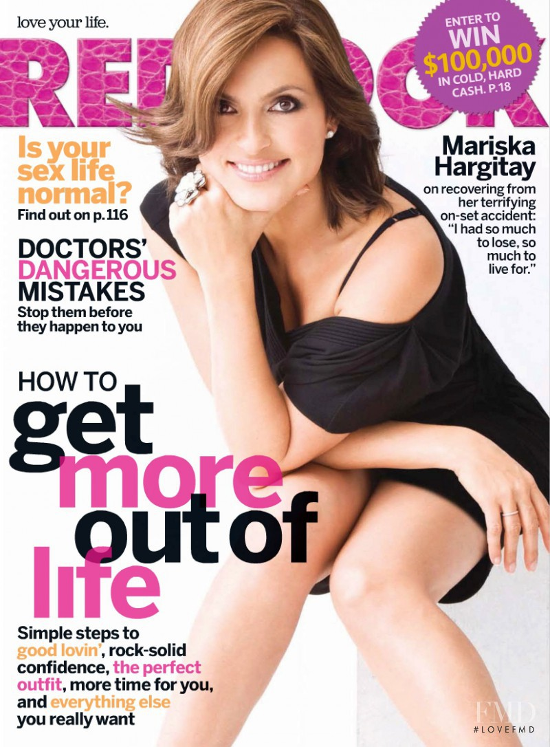 Mariska Hargitay featured on the Redbook cover from August 2009