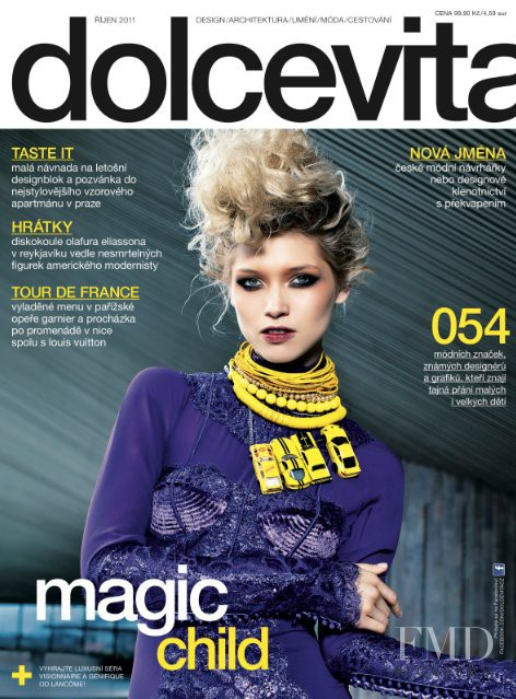 Hana Jirickova featured on the dolcevita* cover from October 2011